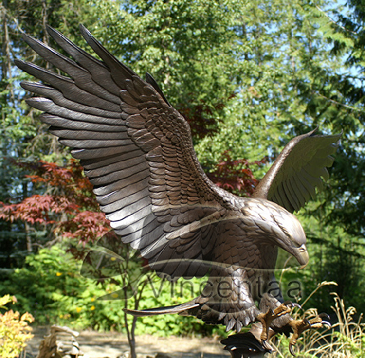 Garden Decoration Life Size Metal Craft Brass Flying Eagle Sculpture