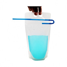 450ml 500ml 550ml Fruit Drink Bags Stand up Reclosable Zipper Pouches Bags Hand-held Drinking Bags with Plastic Straw