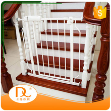 Wholesale friendly indoor expandible pet flexible gate