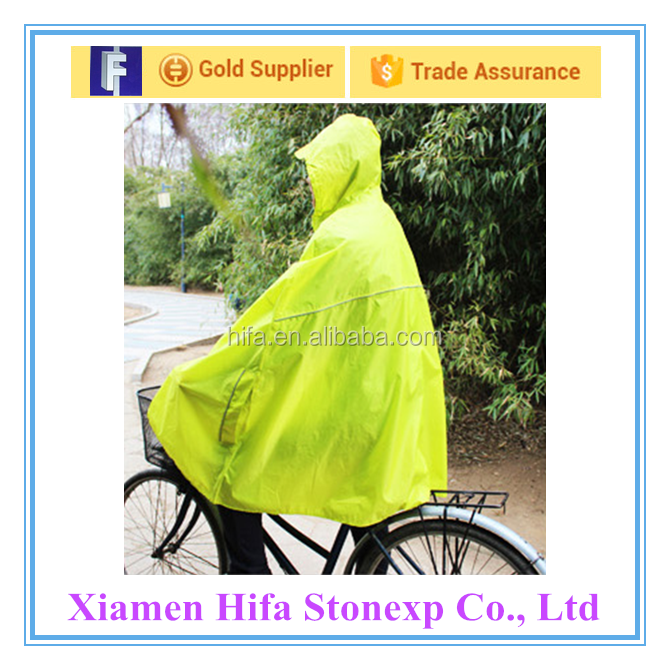 A bicycle raincoat/poncho raincoats/rainwear