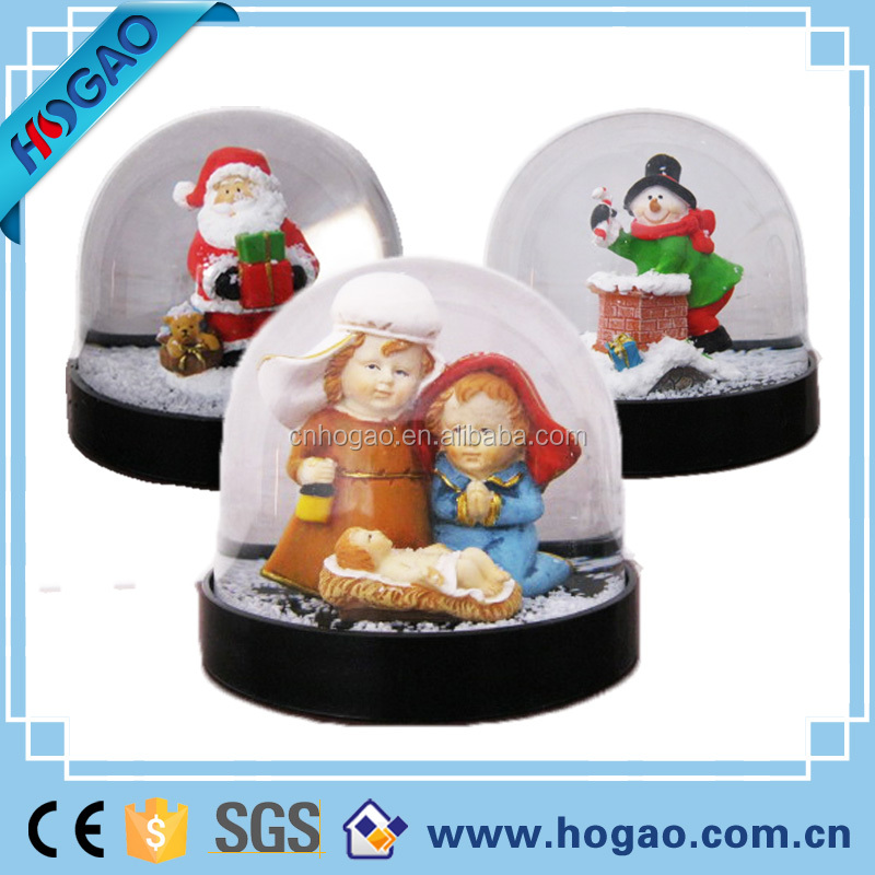 Christmas items decoration new product 2016 have resin figurine inside water dome,plastic snow globe,water globe