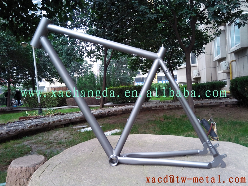 titanium MTB bike frame with sand blast finished weight 1.7kg mountain bike frame