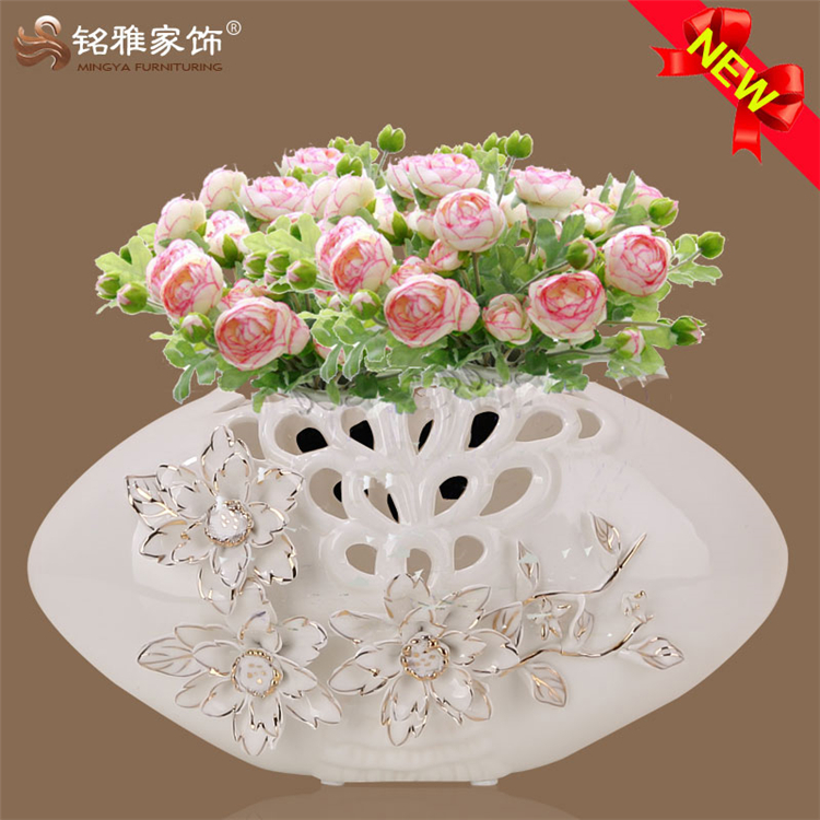 2016 new home decor decorative reain crafts superior quality flat shape porcelain ceramic figurines vase