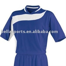 Customized football tops and shorts football suit soccer suit for football team