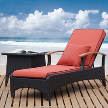 Garden Rattan Outdoor Furniture Rattan Woven Sun Lounge Outdoor Chaise Lounge