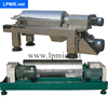 Sludge dewatering machine for Sludge dewatering with continous feeding and discharging