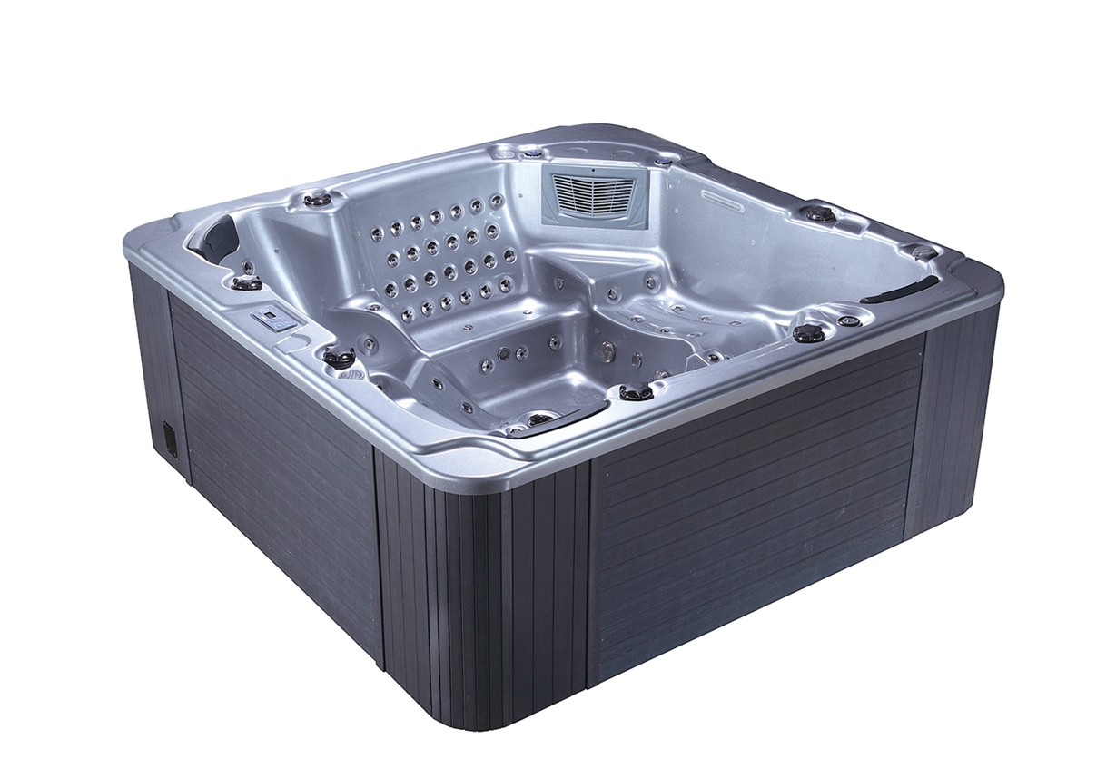 hot tub with balboa control system