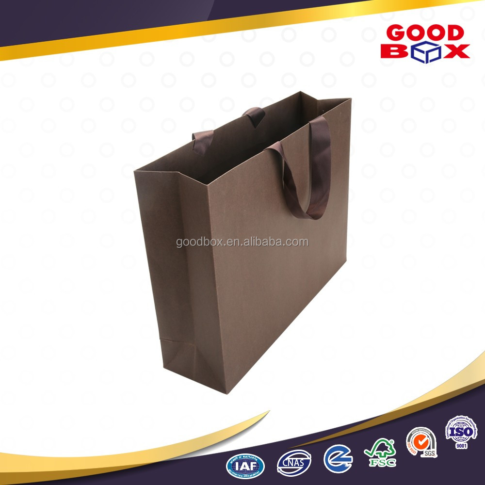 Bulk sale fashion ribbon handle paper packaging bag with your own logo