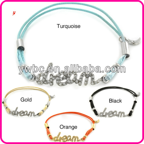 Color Crystal 'Dream' Statement Stretch Cord Charm Bracelet B103152