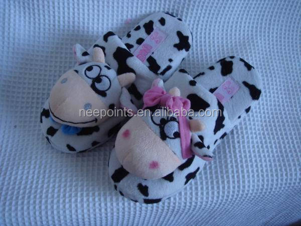 Low MOQ animal slipper made in China