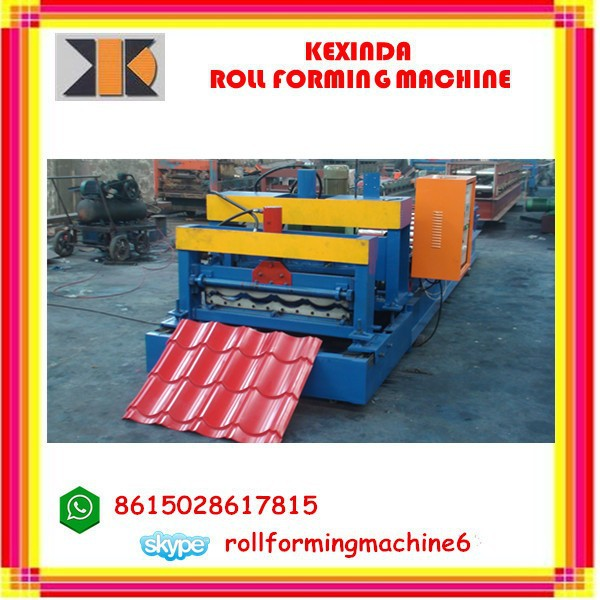 China Aluminum&Zinc Colored Steel Plate Metal Roofing Step Tile or Glazed Tile Roll Forming Machine