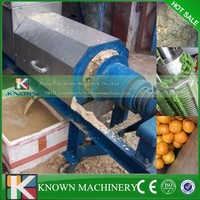 Stainless steel carrot squeezer for food industry use,carrot press machine