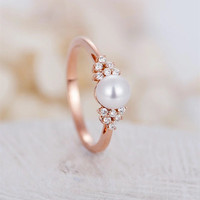 Latest Fashion Design Pearl Finger Ring Plated Rose Gold Women Wedding Engagement Ring Jewelry