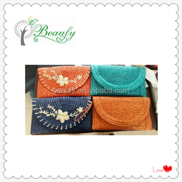 Hot Sale Factory Supply Dyed Wheat Straw Clutch Bag