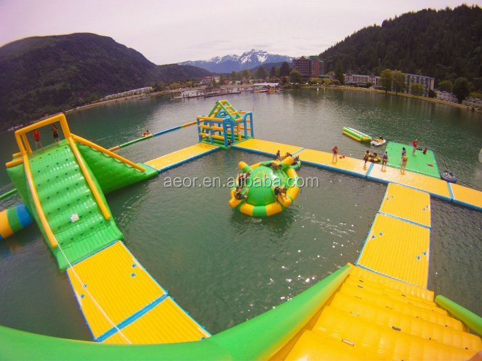 2016 New Designed Giant Inflatable Water Park/water amusement park for sea