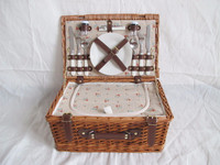2 person willow wicker picnic basket with cool bag wicker basket