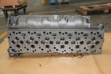 Truck engine parts komatsu cylinder head ISB6 cylinder head 3977225