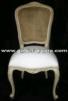 Single Chair for Restaurant Room - Easy Furniture Use - Wooden Chair Furniture