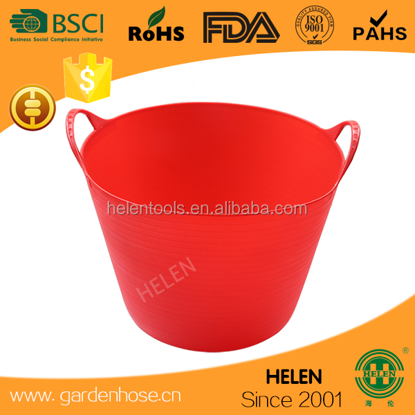 hot sale flexible rubber horse feeding buckets