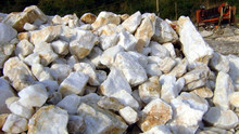 large supply of natural crystal stone, welcome to come to consult