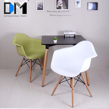 Plastic Dining Room Chair: Cheap Modern Leisure Plastic Folding Chairs For Sale