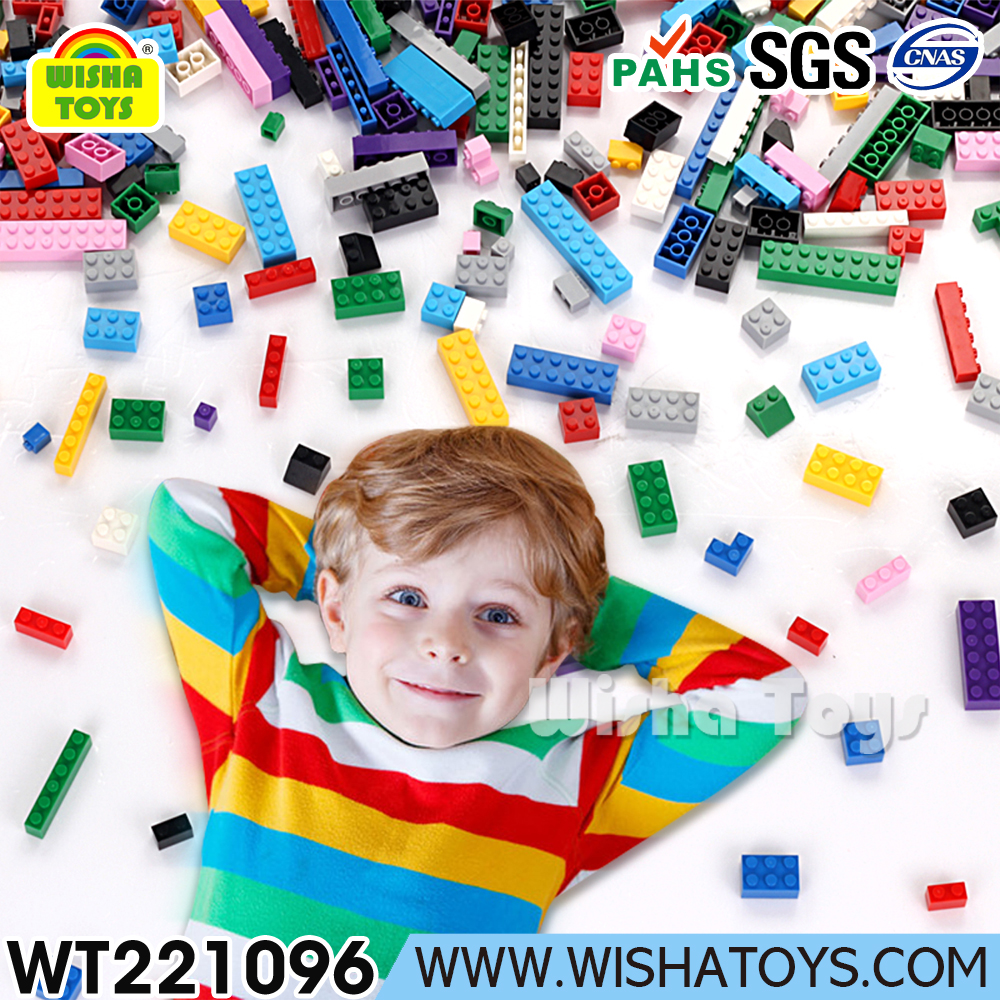Plastic ABS bulk building bricks compatible with legos blocks base plate and minifigure
