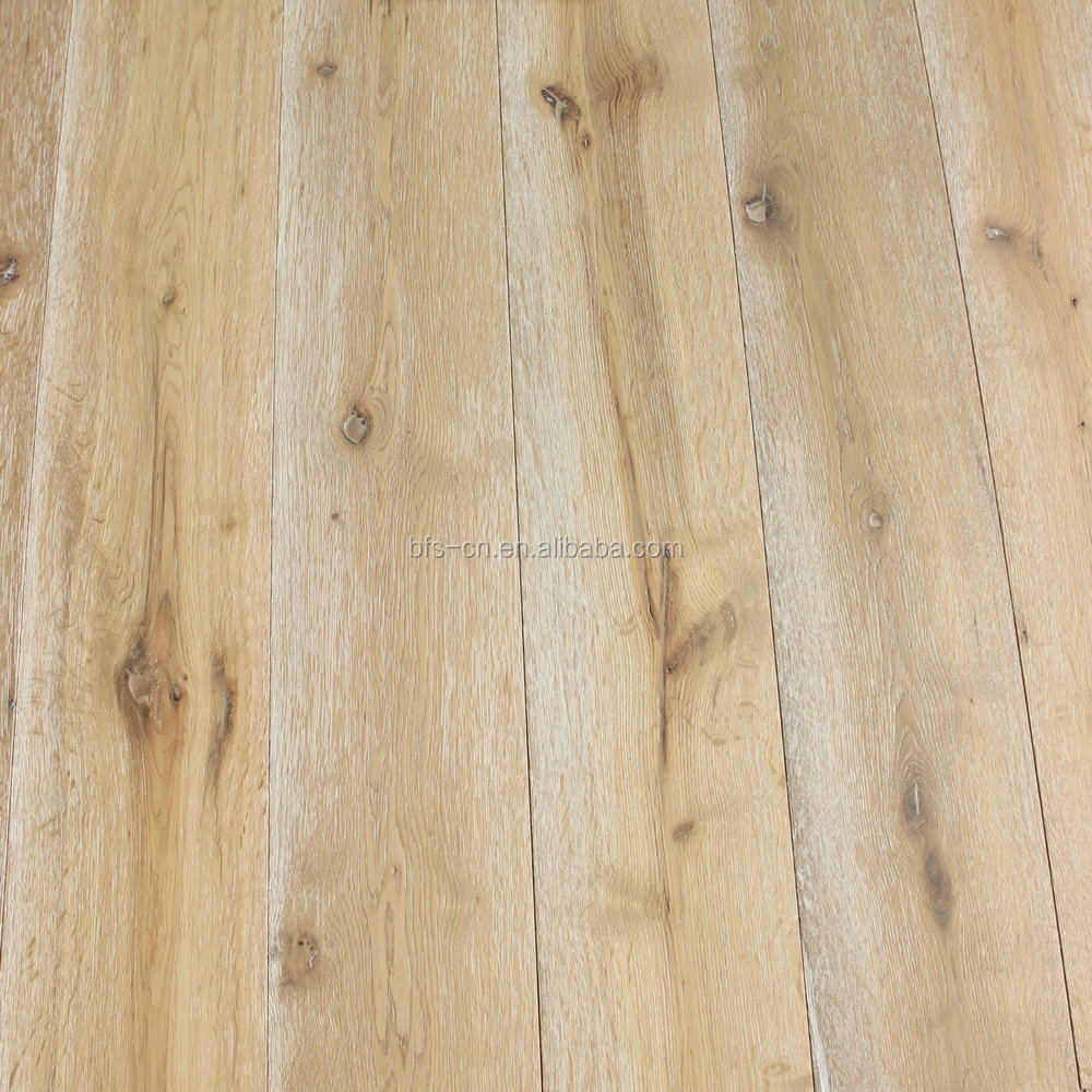 Rustic style Brushed CARB Certification UV lacquer <strong>3</strong> - <strong>ply</strong> <strong>oak</strong> engineered Wood Flooring