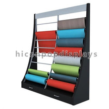 Flooring Products Store Free Standing Slant Wood Frame Metal Hanging Carpet Sample Rolling Display Rack