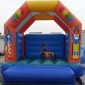 Small inflatable bounce house/inflatable castle for backyard