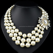Fashion design beads necklace jewelry baroque pearl necklace Europe pearl exaggerated necklace with diamonds