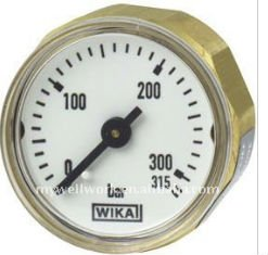 Miniature bourdon tube pressure gauges 111.12.27