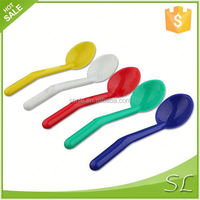 Hot colorful food grade pp plastic long handle spoon
