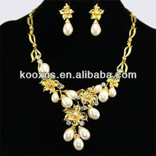White Pearl Sparkling Rhinestone Gold Necklaces and Earring Set muslim wedding jewelry