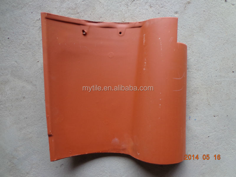 Clay S type roof tile