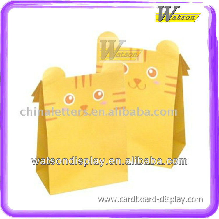 Cute pet appearance paper bags