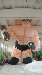 customized popular giant pvc inflatable muscle man for advertising