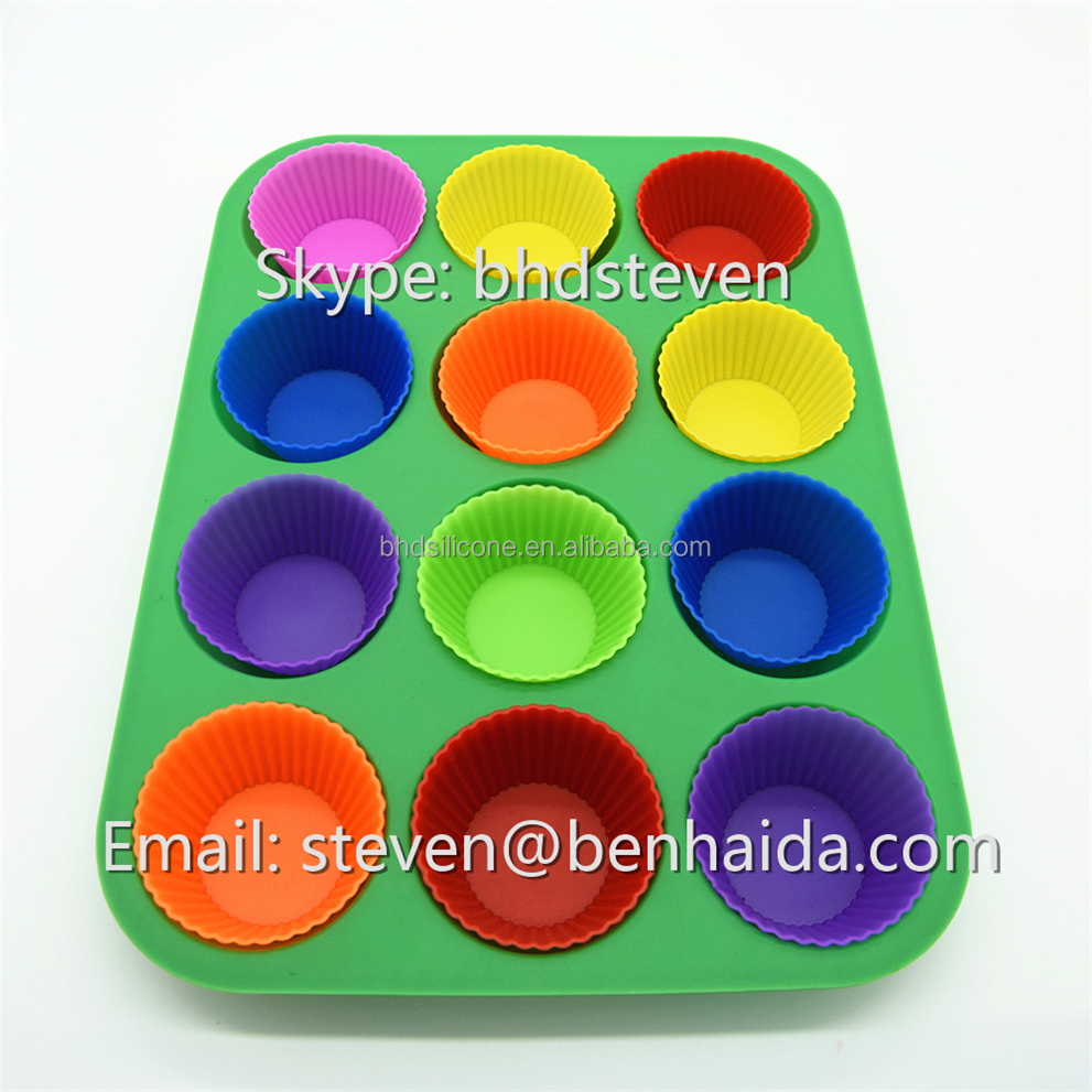 China Supplier Best Selling Products Kitchen Tools 12 Cup Silicone Baking Cups