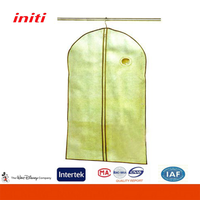 Customized high quality non woven fabric carry travel garment bag