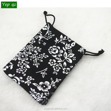 High quality China manufacturer personalized black color gift pouch promotion velvet jewelry bag drawstring with silver design