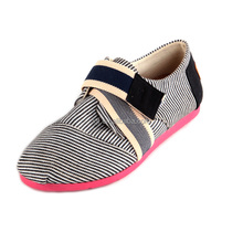 Hot-selling China fashion flat women shoes,charming sexy casual USA sneaker