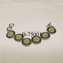 Peridot stone beads bracelets jewelries supplier, vintage peridot bracelet made of zinc alloy with antique silver plating