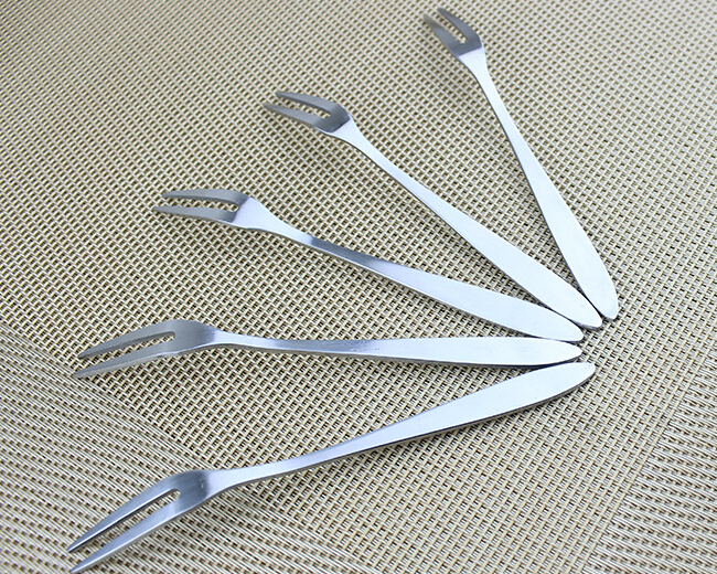 thread on handle Stainless Steel cutlery Sets