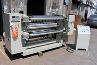 Machine to slitting and rewinding