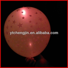 New outdoor christmas decorations 2013/plastic sticks LED balloon