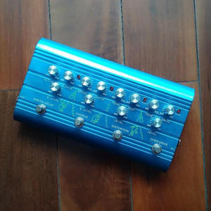 Newest Multi Effect Pedal-Digital Delay/Chorus/Distortion/Overdrive