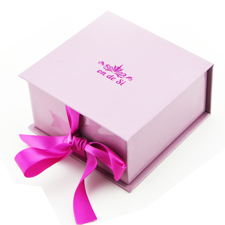 Luxulry cardboard jewelry packaging box ring box with ribbon bow