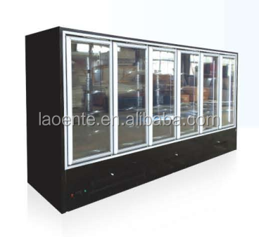 The convenience store refrigerator showcase used beverage cooler