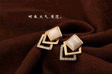 Fashion Korean Style Opal with full edge stone Romantic Ear Stud