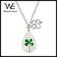 Handmade Dry Flower Clover Chain Bone Chain Glass Ball Water Droplets Necklace