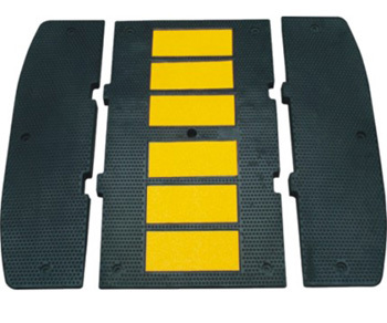 2014 popular strong resistance reflective rubber road traffic Speed bumps